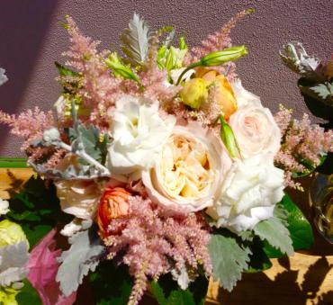 Cabbage Garden Rose/Ranunculus/Astilbe Bouquet