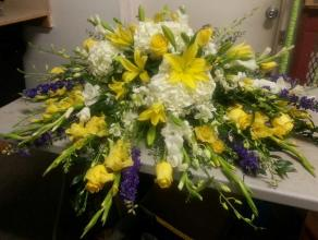 Beautiful Yellow & White Casket Spray