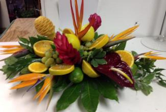 Lou\'s Tropical & Fruit Centerpiece